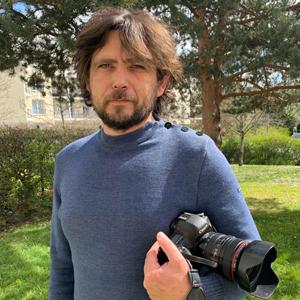 Photo d'Arnaud Montfort, photographe client de Lumys Scolaire, logiciel de photo scolaire en ligne pour les photographes professionnels en France et en Belgique